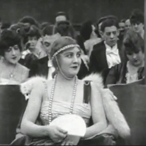 Edna-Purviance-in-A-Night-in-the-Show-1915-00