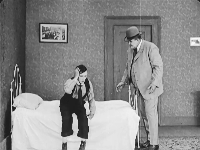 Buster-Keaton-and-Joe-Roberts-in-The-Play-House-1921-001