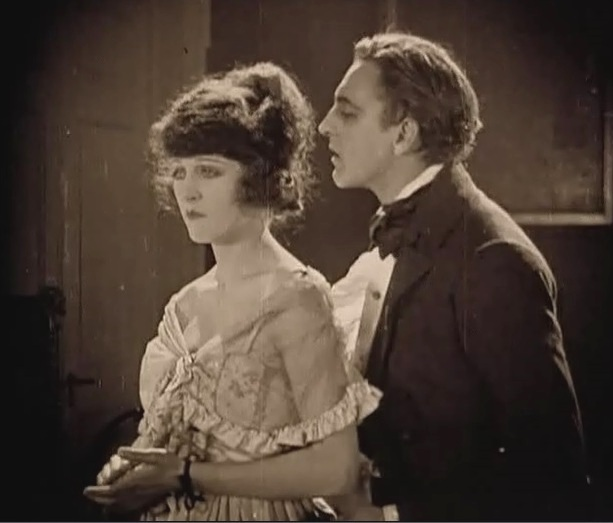 Martha-Mansfield-and-John-Barrymore-in-Dr-Jekyll-and-Mr-Hyde-director-John-S-Robertson-1920-24jr