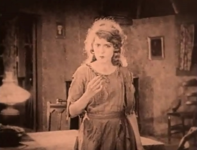 Mary-Pickford-in-Tess-of-the-Storm-Country-director-John-S-Robertson-1922-6