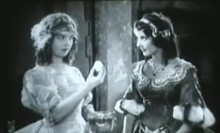 Lillian Gish And Patricia Avery In Annie Laurie Director John S Robertson 1927 02