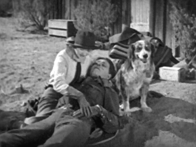 Marceline-Day-and-Jack-Hoxie-in-The-White-Outlaw-1925-002