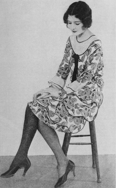 Marceline-Day-choosing-between-a-cotton-and-a-silk-stocking-1927-2
