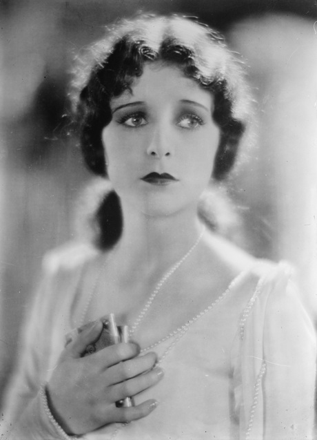 Marceline-Day-in-The-Beloved-Rogue-1927
