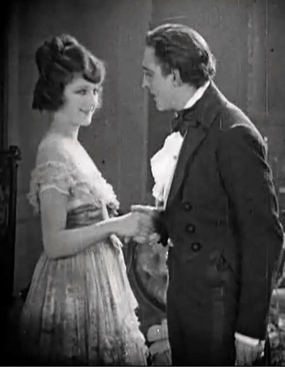 Martha-Mansfield-and-John-Barrymore-in-Dr-Jekyll-and-Mr-Hyde-director-John-S-Robertson-1920-00
