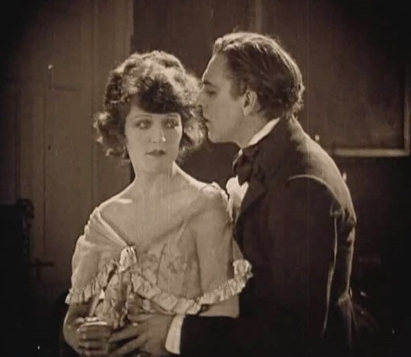 Martha-Mansfield-and-John-Barrymore-in-Dr-Jekyll-and-Mr-Hyde-director-John-S-Robertson-1920-26mm