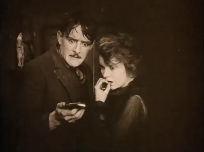 Robert-Harron-and-Mae-Marsh-in-Intolerance-1916-director-DW-Griffith-cinematographer-Billy-Bitzer-25