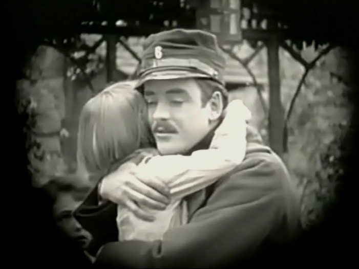 Robert-Harron-in-Hearts-of-the-World-1918-director-DW-Griffith-cinematographer-Billy-Bitzer-19rj