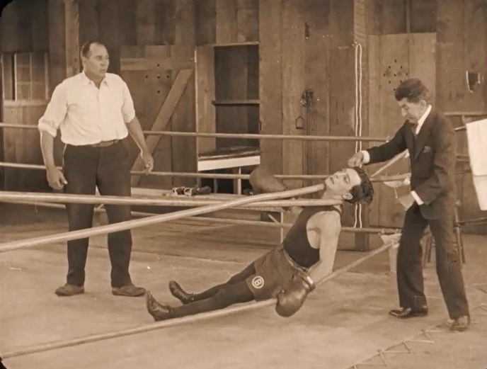 Snitz-Edwards-and-Buster-Keaton-in-Battling-Butler-1926-47
