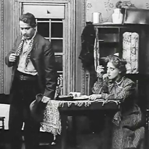Henry Walthall and Marion Leonard in A trap for Santa 1909 DW Griffith and Billy Bitzer 00