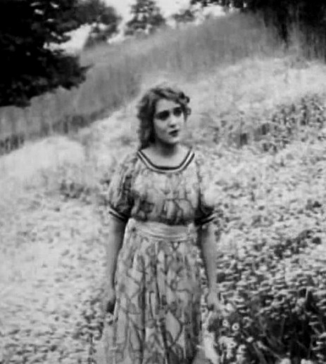 Mary Pickford in What the Daisy Said 1910 director DW Griffith cinematographer Billy Bitzer 01