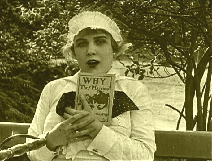In the Park 1915 with Edna Purviance and Charlie Chaplin 1