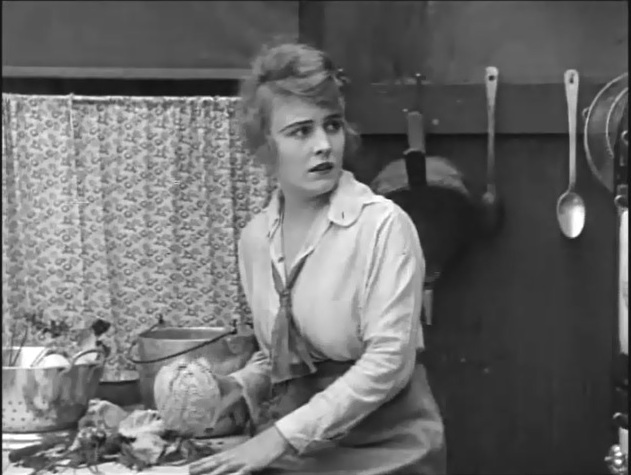 Edna Purviance in The Pawnshop 1916 4