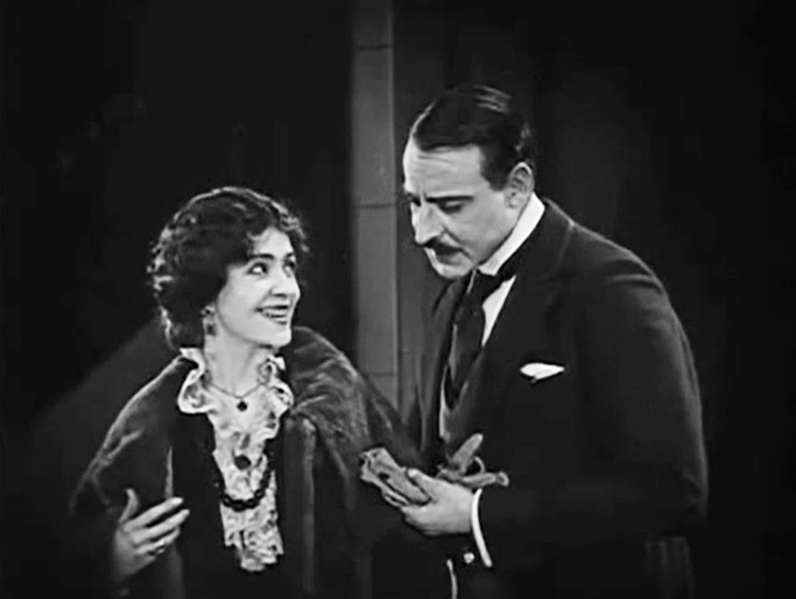 Florence Turner and Fred Malatesta in All Dolled Up 1928 17