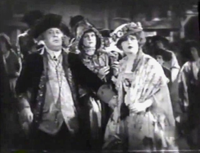Macklyn Arbuckle and Marion Davies in Janice Meredith 1924 01