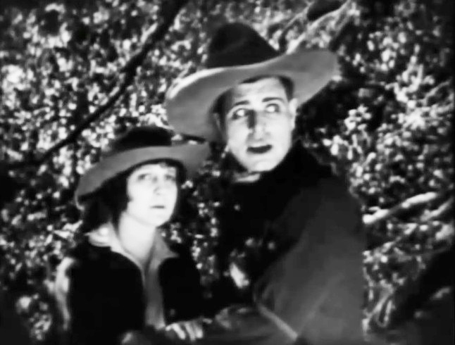 Jack-Hoxie-and-Ann-Little-in-Lightning-Bryce-ep11-1919-13