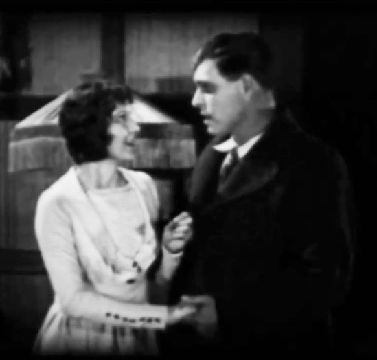 Ann-Little-and-Jack-Hoxie-in-Lightning-Bryce-ep14-1919-00