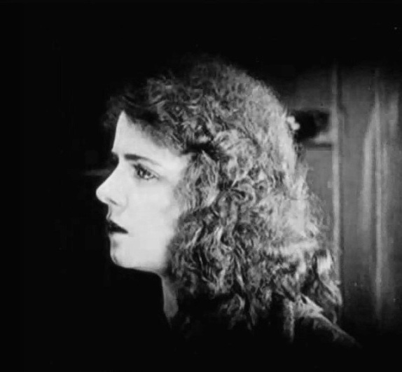 Olive Thomas in Out Yonder 1919 0000