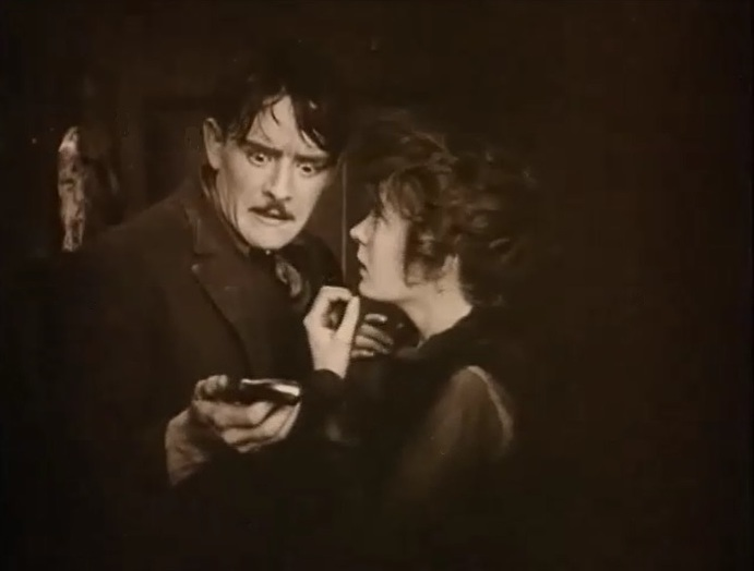 Robert-Harron-and-Mae-Marsh-in-Intolerance-1916-director-DW-Griffith-cinematographer-Billy-Bitzer-26