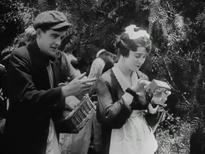 Robert Harron and Mae Marsh in The Avenging Conscience 1914 director DW Griffith cinematographer Billy Bitzer 07