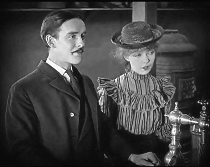 Lillian-Gish-and-Robert-Harron-in-True-Heart-Susie-1919-director-DW-Griffith-cinematographer-Billy-Bitzer-12