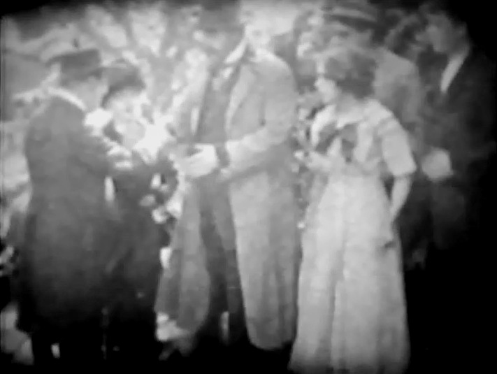 Mary Pickford and Robert Harron in When a Man Loves 1911 director DW Griffith cinematographer Billy Bitzer 01