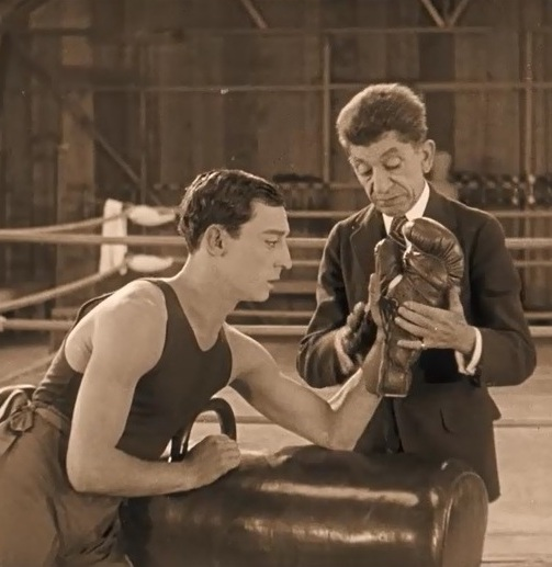 Snitz-Edwards-and-Buster-Keaton-in-Battling-Butler-1926-00