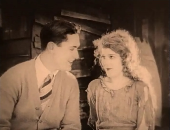 Mary-Pickford-and-Lloyd-Hughes-in-Tess-of-the-Storm-Country-director-John-S-Robertson-1922-4