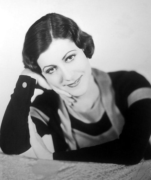 Patsy Ruth Miller in a nice portrait
