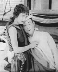 Alice-Day-and-Harry-Langdon-in-His-New-Mamma-1924-8.jpg