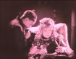Lillian-Gish-and-Richard-Barthelmess-in-Broken-Blossoms-1919-director-DW-Griffith-cinematographer-Billy-Bitzer-25.jpg