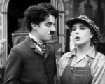 Charlie-Chaplin-and-Edna-Purviance-in-Behind-the-Screen-1916-16.jpg