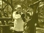 In-the-Park-1915-with-Edna-Purviance-and-Charlie-Chaplin-5.jpg