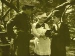 In-the-Park-1915-with-Edna-Purviance-and-Charlie-Chaplin-6.jpg