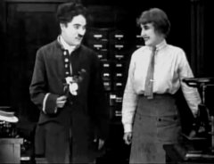 Edna-Purviance-and-Charlie-Chaplin-in-The-Bank-1915-009.jpg