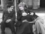 Charlie-Chaplin-and-Edna-Purviance-in-The-Immigrant-1917-3.jpg