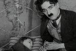 Jackie-Coogan-and-Charlie-Chaplin-in-The-Kid-1921-36.jpg