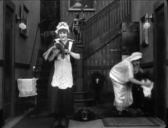 Edna-Purviance-in-Work-1915-01.jpg