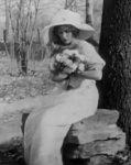 Florence-La-Badie-in-Dr-Jekyll-and-Mr-Hyde-1912-25.jpg
