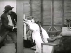 Florence-Lawrence-in-The-Girls-and-Daddy-1909-director-DW-Griffith-13.jpg