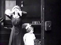 Mabel-Normand-in-Hide-and-Seek-1913-02.jpg