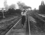 Helen-Holmes-in-Wild-Engine-1916-12.jpg