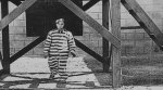 Buster-Keaton-in-Convict-13-1920-18.jpg