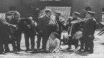 Buster-Keaton-and-Joe-Roberts-in-Daydreams-1922-16.jpg