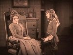 Mary-Pickford-in-Little-Lord-Fauntleroy-1921-4.jpg