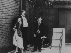 Buster-Keaton-and-Joe-Roberts-and-Virginia-Fox-in-The-Electric-House-1922-12.jpg