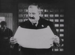 Joe-Roberts-in-The-Electric-House-1922-03.jpg