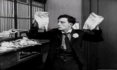 Buster-Keaton-in-The-Haunted-House-1921-11.jpg