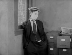 Buster-Keaton-in-Three-Ages-1923-032.jpg