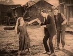 Mary-Pickford-and-Lloyd-Hughes-in-Tess-of-the-Storm-Country-director-John-S-Robertson-1922-2.jpg